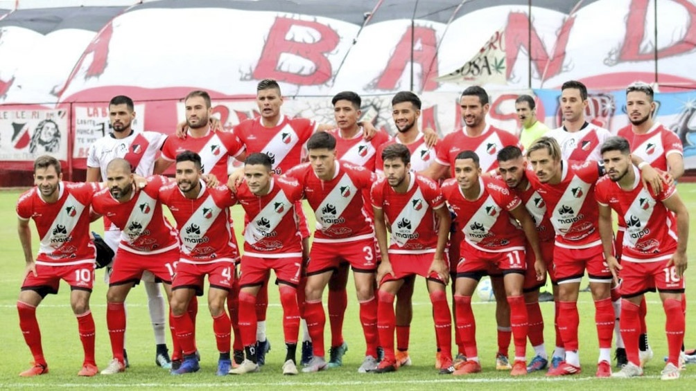 Deportivo Maipú fue fundado el 16 de diciembre de 1927.