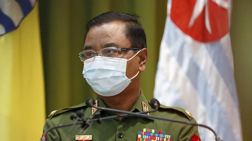 Min Aung Hlaing reiteró su promesa de celebrar elecciones, aunque recién en agosto de 2023.