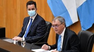 Schiaretti prometió vacunar al 70% de la población de Córdoba, al inaugurar el año legislativo