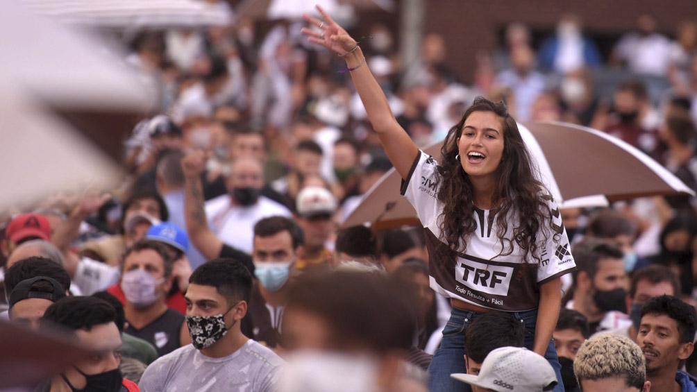 Afirman que Buenos Aires está preparada para el regreso del público a las canchas