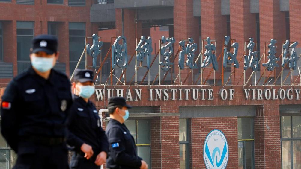 Expertos de la Organización Mundial de la Salud llegaron este miércoles al Instituto de Virología de la ciudad de Wuhan.