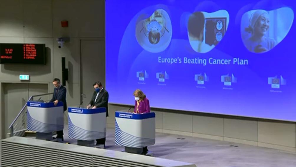 El plan anunciado por 4.000 millones de euros es para prevenir, tratar e investigar el cáncer en la Unión Europea.
