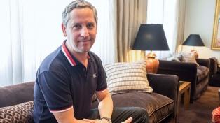Guillermo Martínez: alumno de doctorado y profesor durante veinte años
