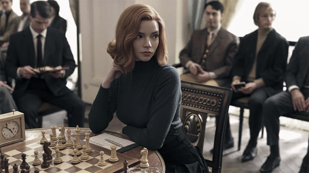 """""""Gambito de dama"""" la serie éxito de Netflix"""