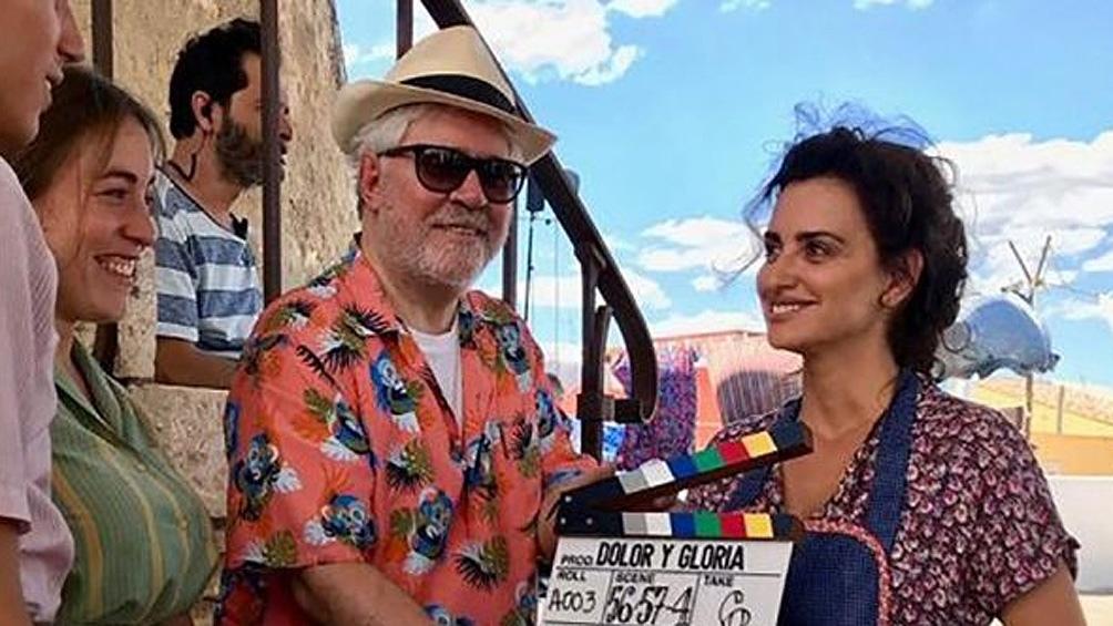 El elenco se completa con Israel Elejalde y Julieta Serrano y Rossy de Palma