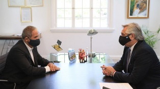 """Fernández recibió a Palazzo, quien agradeció la intervención del Gobierno por """"destrabar la paritaria"""""""