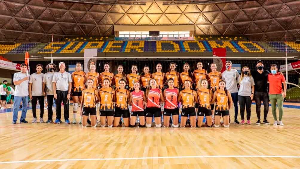 La Rioja debuta en la Liga Argentina con Centro Provincial de Educación Física N*5 Voley (Foto:@QuintelaRicardo)