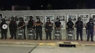 """Desalojaron una muestra de arte y las detenidas denuncian """"violencia institucional"""""""