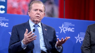 EEUU: Fox News canceló su programa más visto tras una demanda