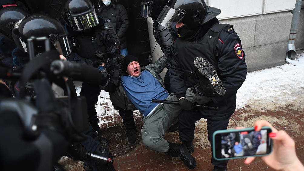 """La justicia rusa califica como """"extremistas"""" a las agrupaciones de Navalny"""
