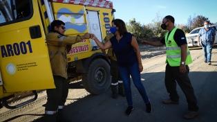 Continúan en El Bolsón las tareas en los sectores afectados por el incendio forestal