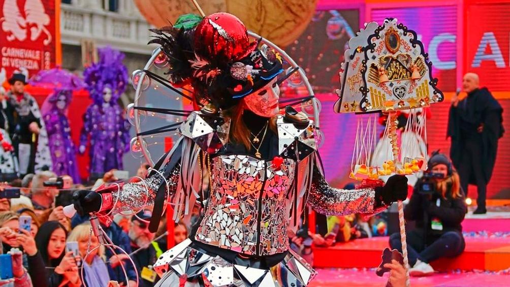 El Carnaval de Venecia concilia la tradición con el glamour.
