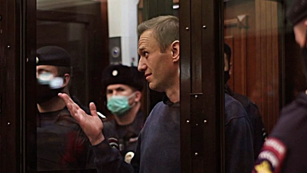 De acuerdo con la investigación, el empresario fugitivo se encuentra en Ucrania.