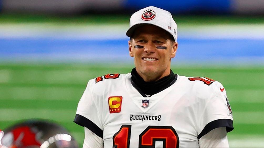 El mítico Tom Brady agigantó su leyenda al terminar el partido con 201 yardas de pase, tres pases para touchdowns y cero intercepciones en 29 intentos.