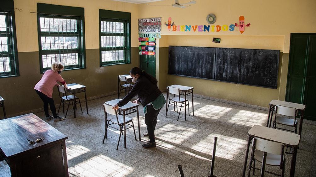 Según el minsiterio de Educación de Córdoba no se realizarán formaciones al ingreso ni al egreso.