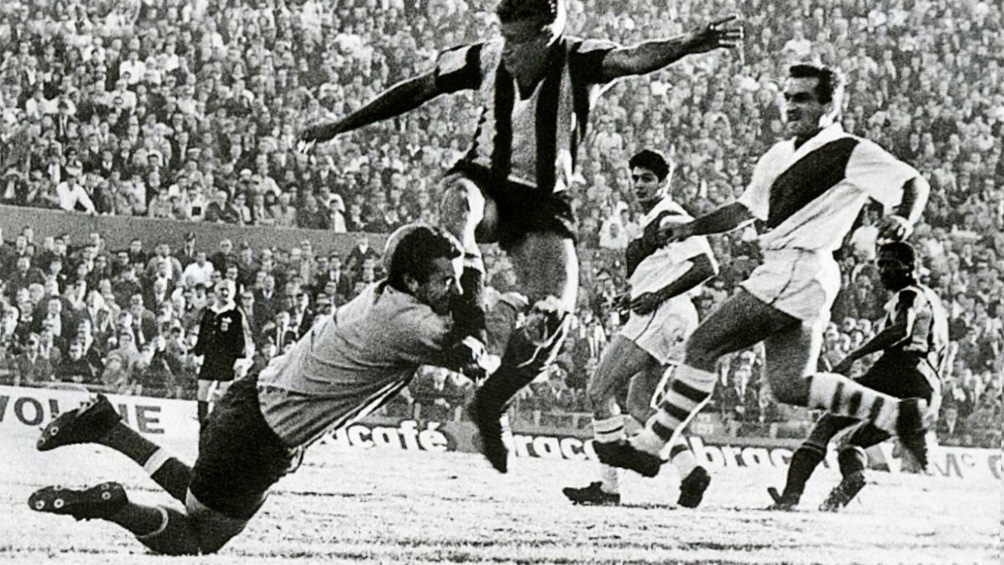 A 55 años del debut de River en la Copa Libertadores