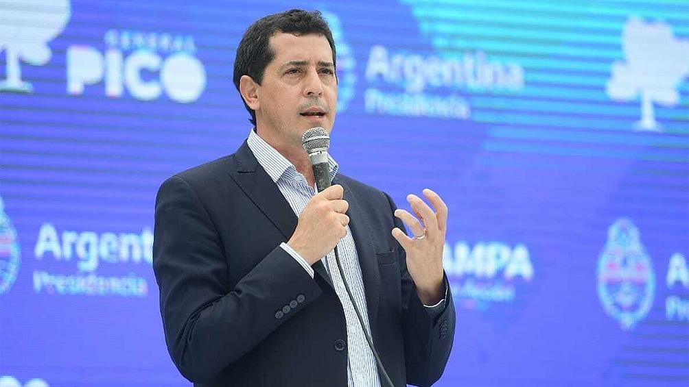 El envío del documento al bloque opositor estuvo a cargo del ministro Eduardo de Pedro.