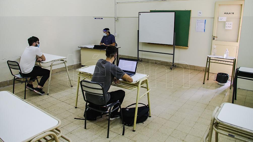 """Utelpa planteó su """"preocupación por los crecientes contagios en jóvenes, niños niñas, y docentes"""" en la provincia de La Pampa."""