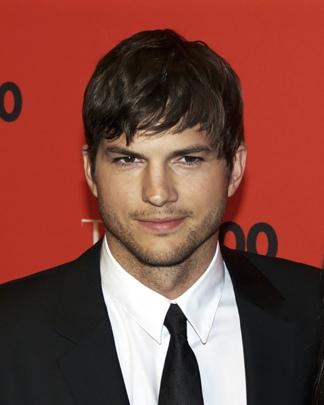 El actor Ashton Kutcher es otro de los famosos que eligen Clubhouse.