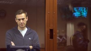 """Rusia declaró """"extremistas"""" las oficinas regionales del opositor Navalny"""