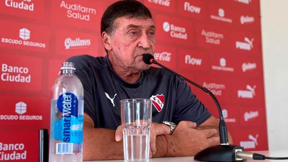 """Falcioni al comando del """"Rojo"""" busca la clasificación a cuartos en la LPF (Foto: @Independiente)"""