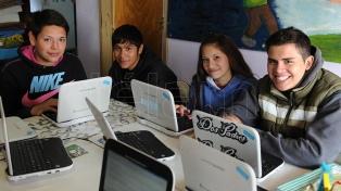 Docentes y tecnologías: aprender para enseñar en tiempos de pandemia