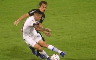Vélez  se impuso a Newell's en Liniers