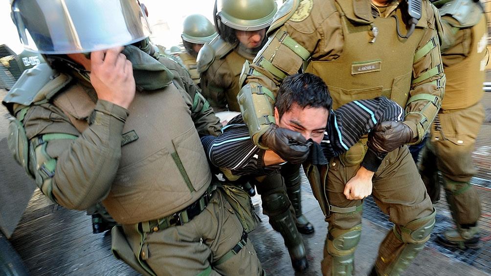 Según el INDH, entre el inicio de las protestas masivas de octubre de 2019 y noviembre pasado, 3.383 chilenos denunciaron ser víctimas de abusos o violaciones a sus derechos fundamentales.