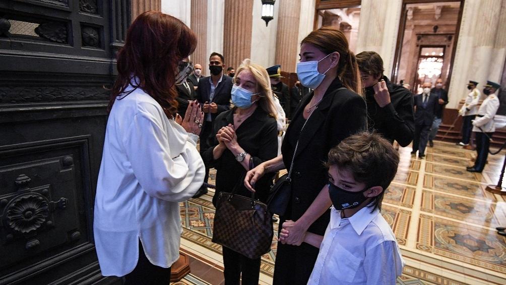 Cristina Kirchner recibió a la familia Menem en el Congreso, el domingo por la noche.
