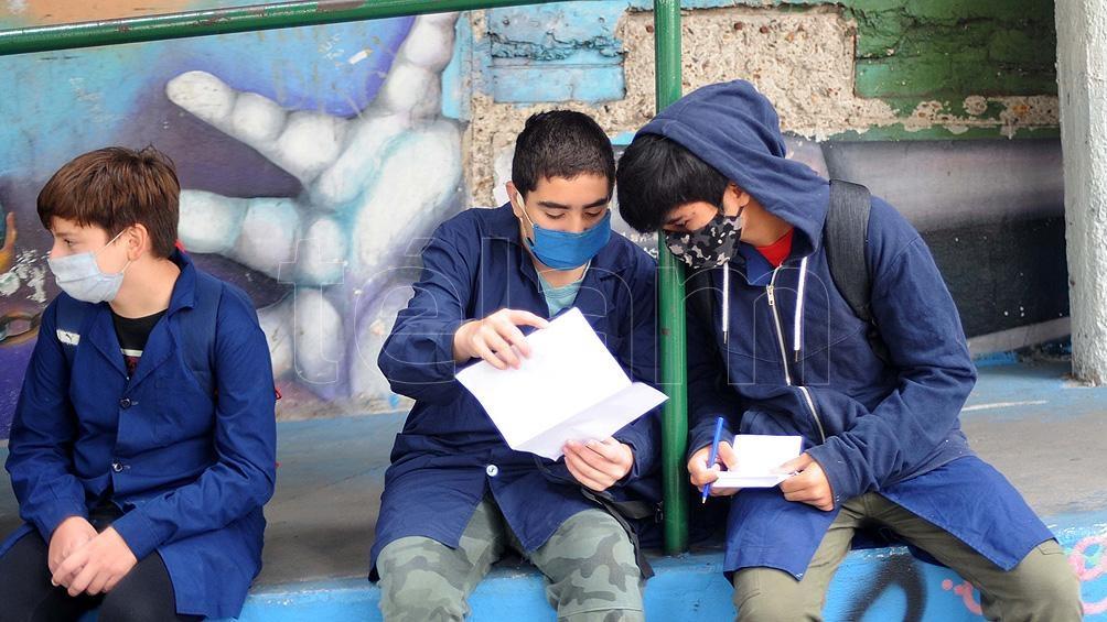 4.000 escuelas están en condiciones de garantizar presencialidad todos los días de la semana