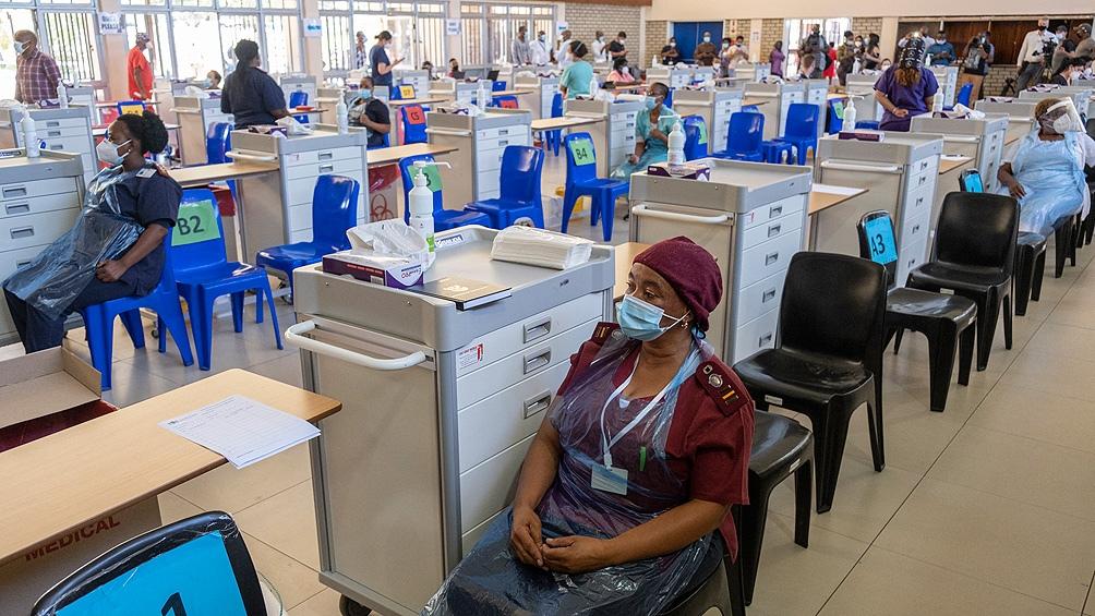 Unas 44.000 personas ya recibieron una primera dosis en Senegal