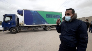 Tras dos días de demora, Israel permitió el ingreso a Gaza de vacunas
