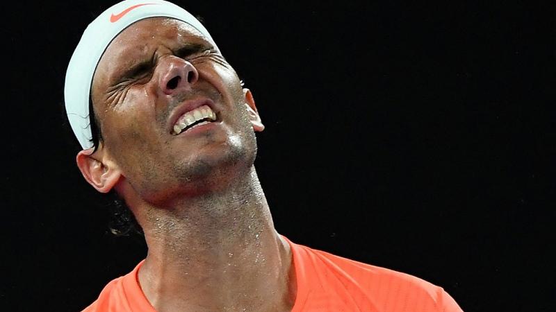 """""""Rafa"""" Nadal fue eliminado del Abierto de Australia por el griego Tsitsipas"""