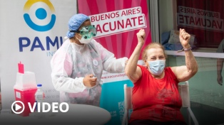 La provincia de Buenos Aires comenzó a vacunar adultos mayores y la Ciudad lo hará el lunes