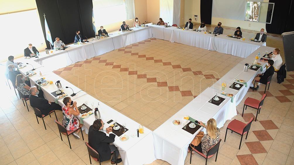 El ministro de Educación de la Nación resaltó el regreso a la presencialidad a las aulas