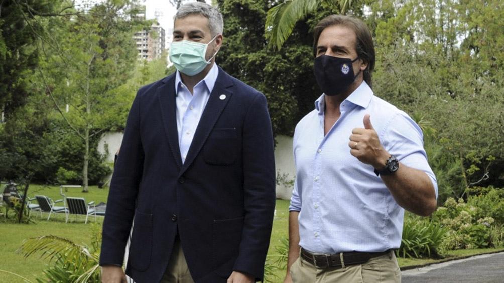 El encuentro de los dos presidentes se desarrolló en Montevideo.
