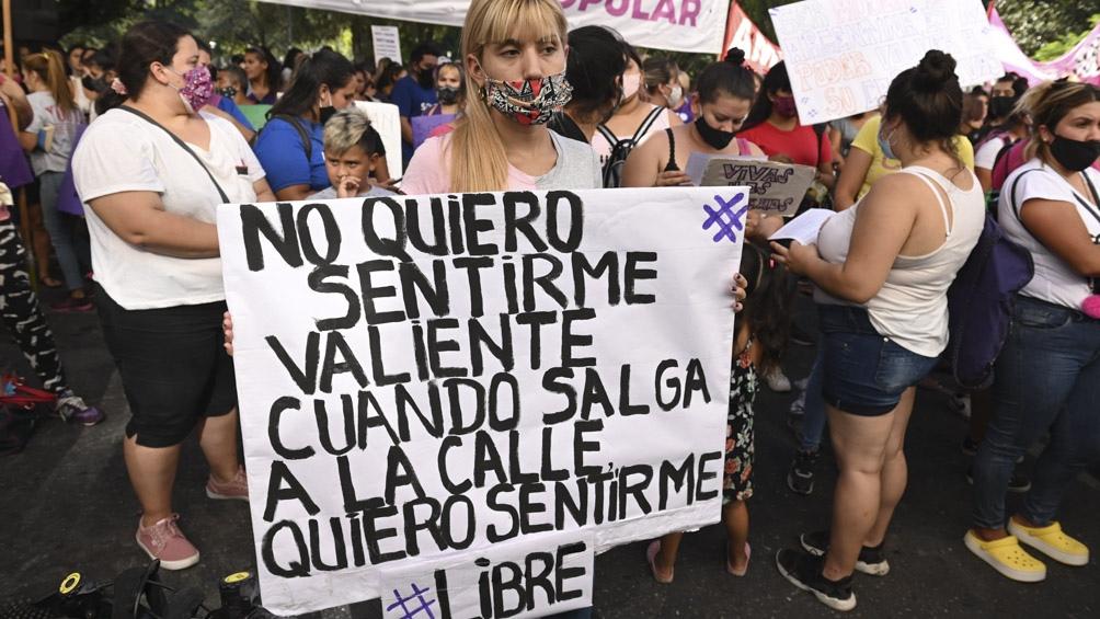 """""""la fiscalía es un lugar de impunidad, donde dejan en libertad a los femicidas"""" fue uno de los reclamos"""