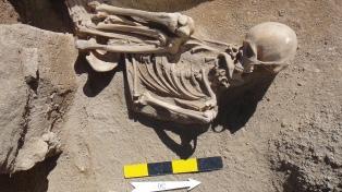 Investigadoras argentinas registran 12 tumbas de entre 6000 y 1300 años de antigüedad