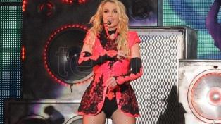 Britney Spears logró que la justicia autorice que tenga su propio abogado