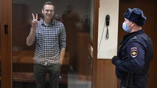 Nueva condena y rechazo a una apelación de Navalny, quien seguirá detenido