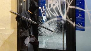 Sexta noche de protestas en Cataluña por la prisión del rapero, con menos heridos y detenidos