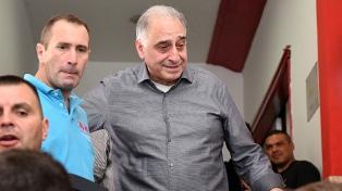 David Garzón destronó a Nadur y es el nuevo presidente de Huracán