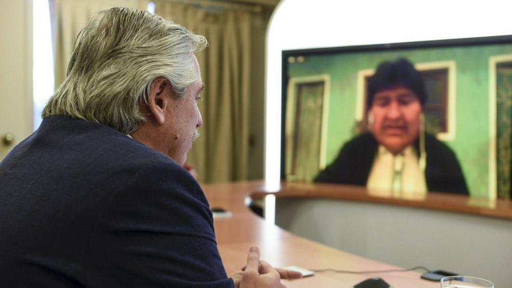 """""""Lo que usted hizo por Bolivia, por la democracia, por mi vida es algo inédito, algo único en el mundo"""", dijo Evo Morales."""
