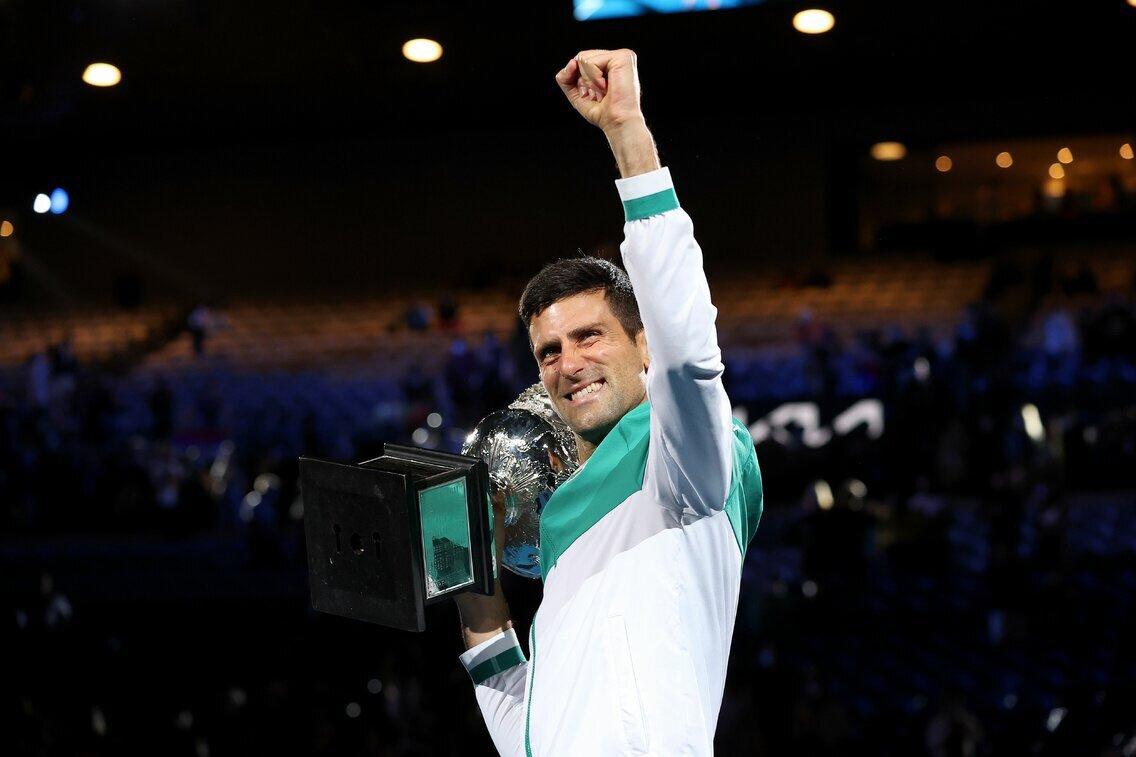 Djokovic, a punto de igualar a Federer en el récord de semanas como número 1