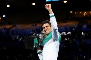 Djokovic iguala a Federer en el récord de semanas como número 1