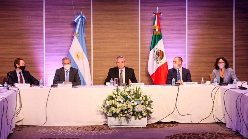 El Presidente desarrolla su visita oficial en México