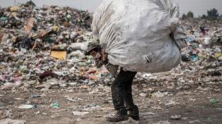 La pandemia agudiza el hambre en Centroamérica mientras en el Reino Unido aumenta el turismo