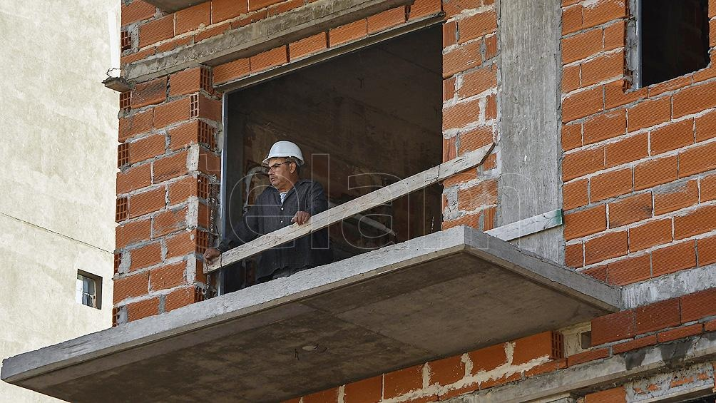 La suba de la construcción estuvo liderada por el crecimiento en los despachos de Pisos y revestimientos cerámicos.