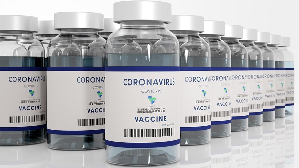 Las primeras dosis que llegaron desde China fueron destinadas originalmente a personal de salud y educativo.
