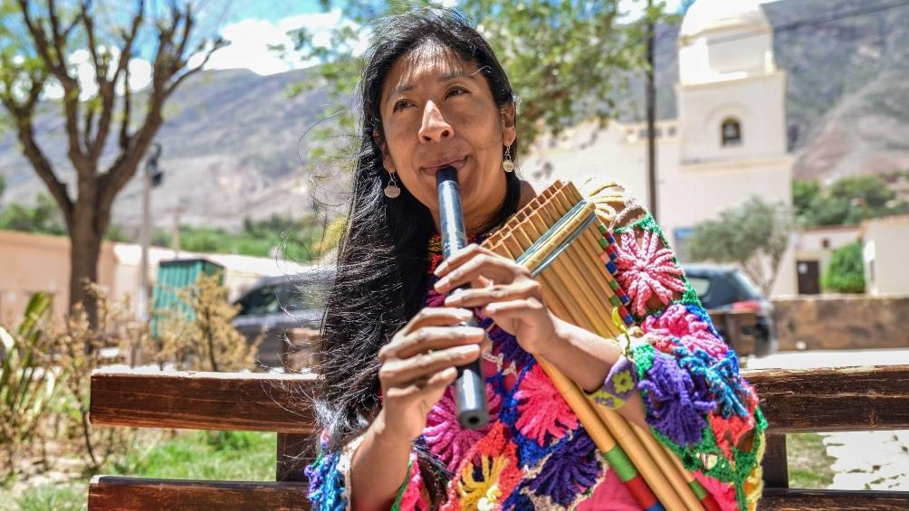 Chauque incursiona en una obra de teatro, avanza en un nuevo disco solista y prepara un EP de música electrónica andina.
